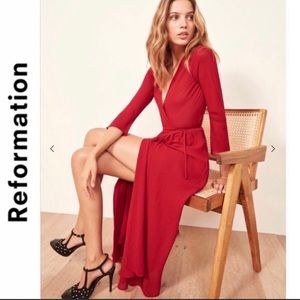 Reformation Jaz Dress In Cherry Red 🎉HP🎉
